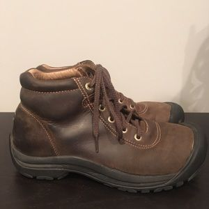 MENS Keen Hiking Boots